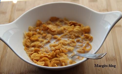 Corn flakes2